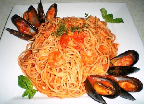 Image of spaghetti with seafood