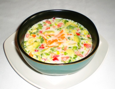 Cold avocado and cucumber soup image