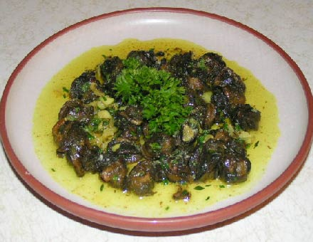 ESCARGOT IN GARLIC TURMERIC