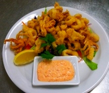 Deep-fried calamari appetizer