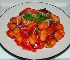 Gnocchi pasta with spicy tomato sauce