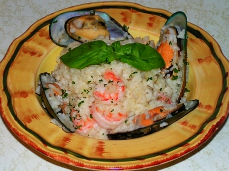Seafood risotto with mussels